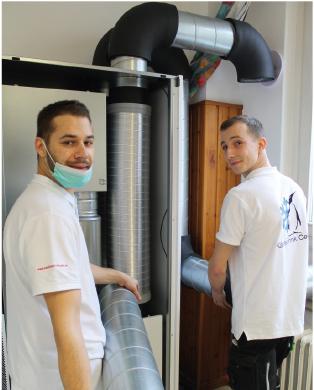 Das Team der Kältetechnik Celle beim Einbau.